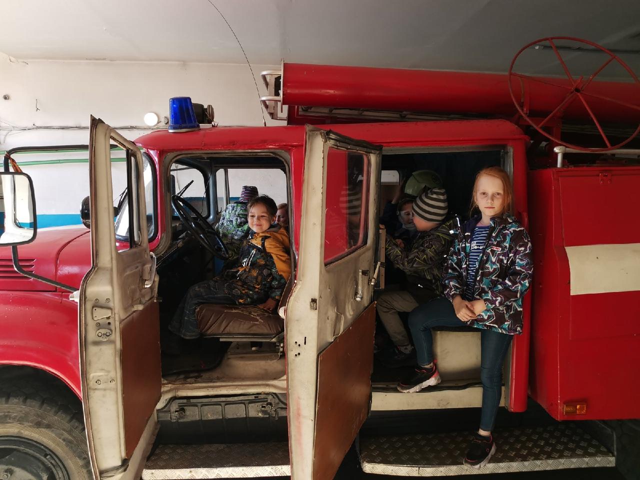 В Киришском районе прошла экскурсия в пожарную часть