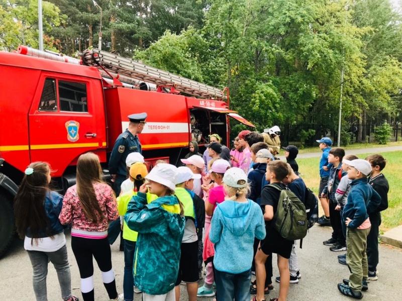 Детям о пожарной безопасности и безопасности на воде